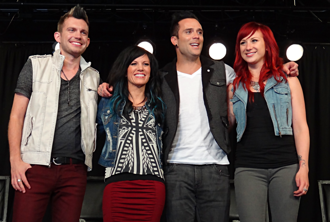 "Skillet Teams Up with Former Flyleaf Singer Lacey Sturm on New Track ""Breaking Free"""