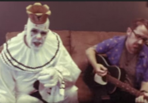 Puddles Pity Party Covering Rainbow in the Dark (Video)